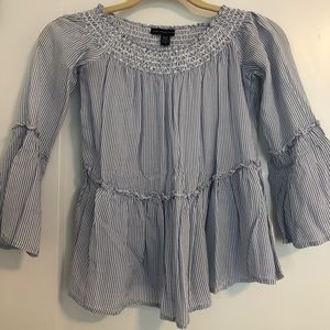 American-eagle outfitters shoulder blouse (XS)
